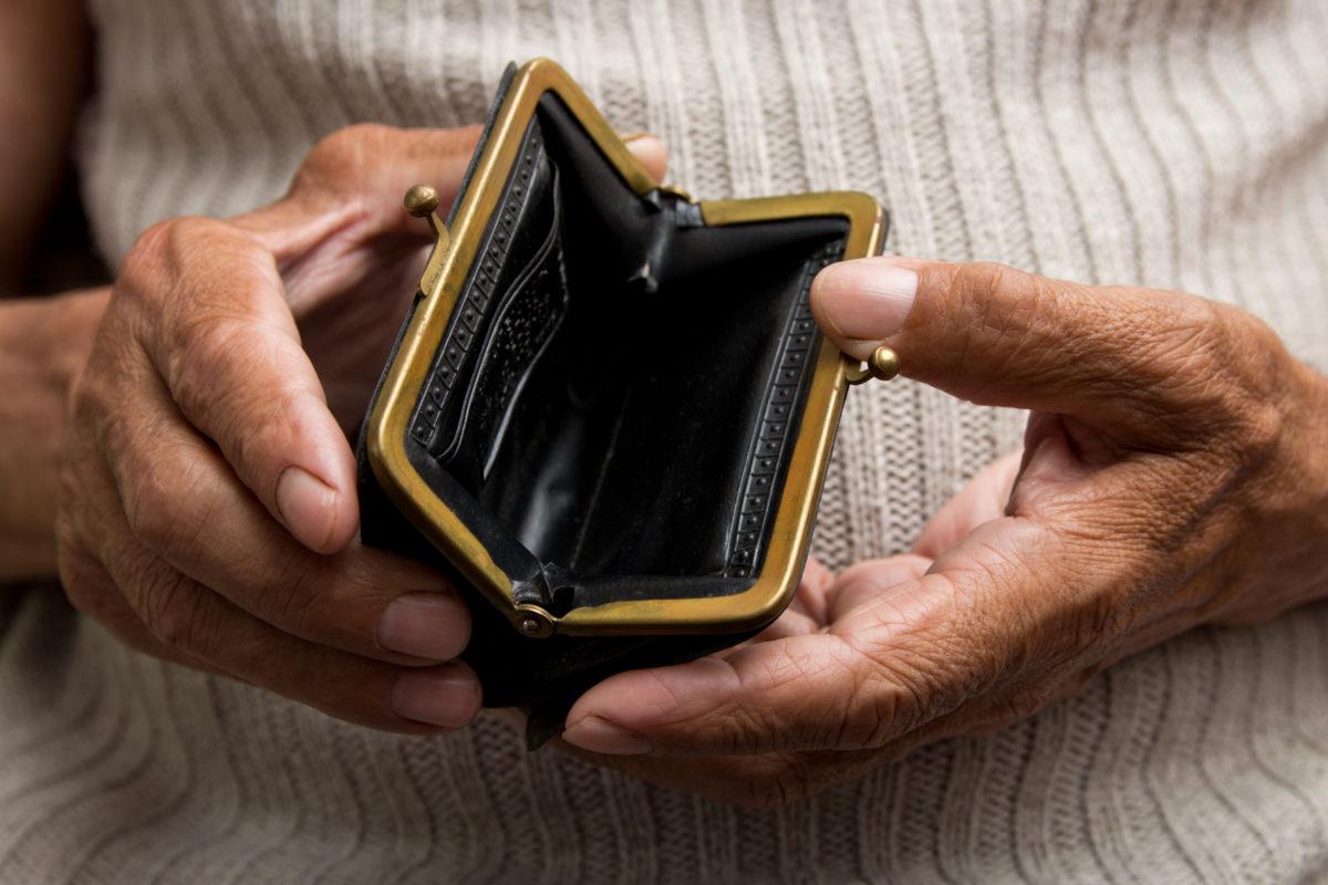 Study: Many consumers struggle financially