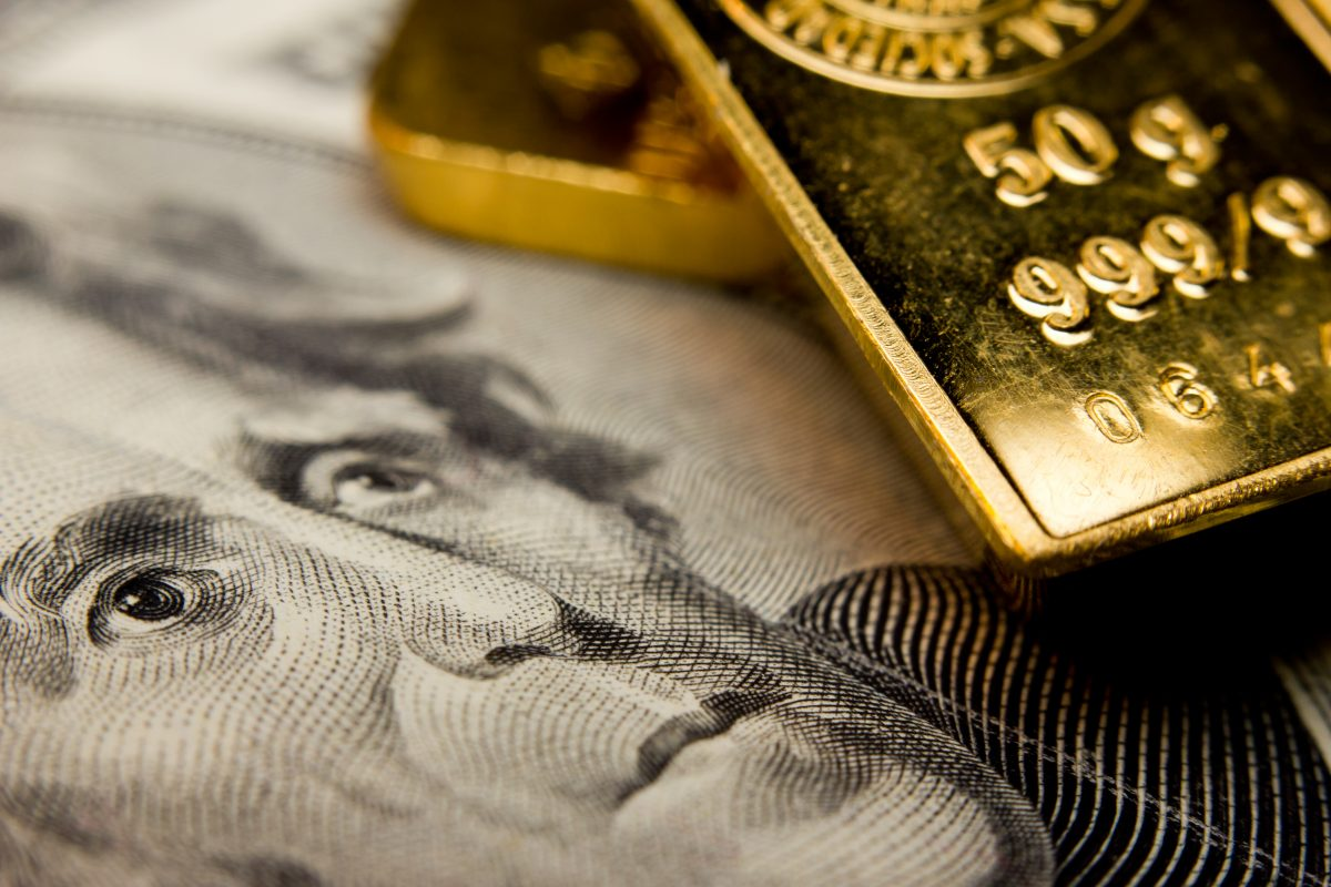 Market Watch: Dollar, yields strengthen as gold prices slip