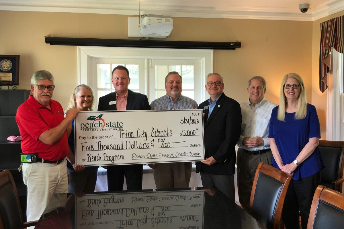 Peach State Federal Credit Union gives $5K donation to Trion City Schools for REACH Georgia Scholarships