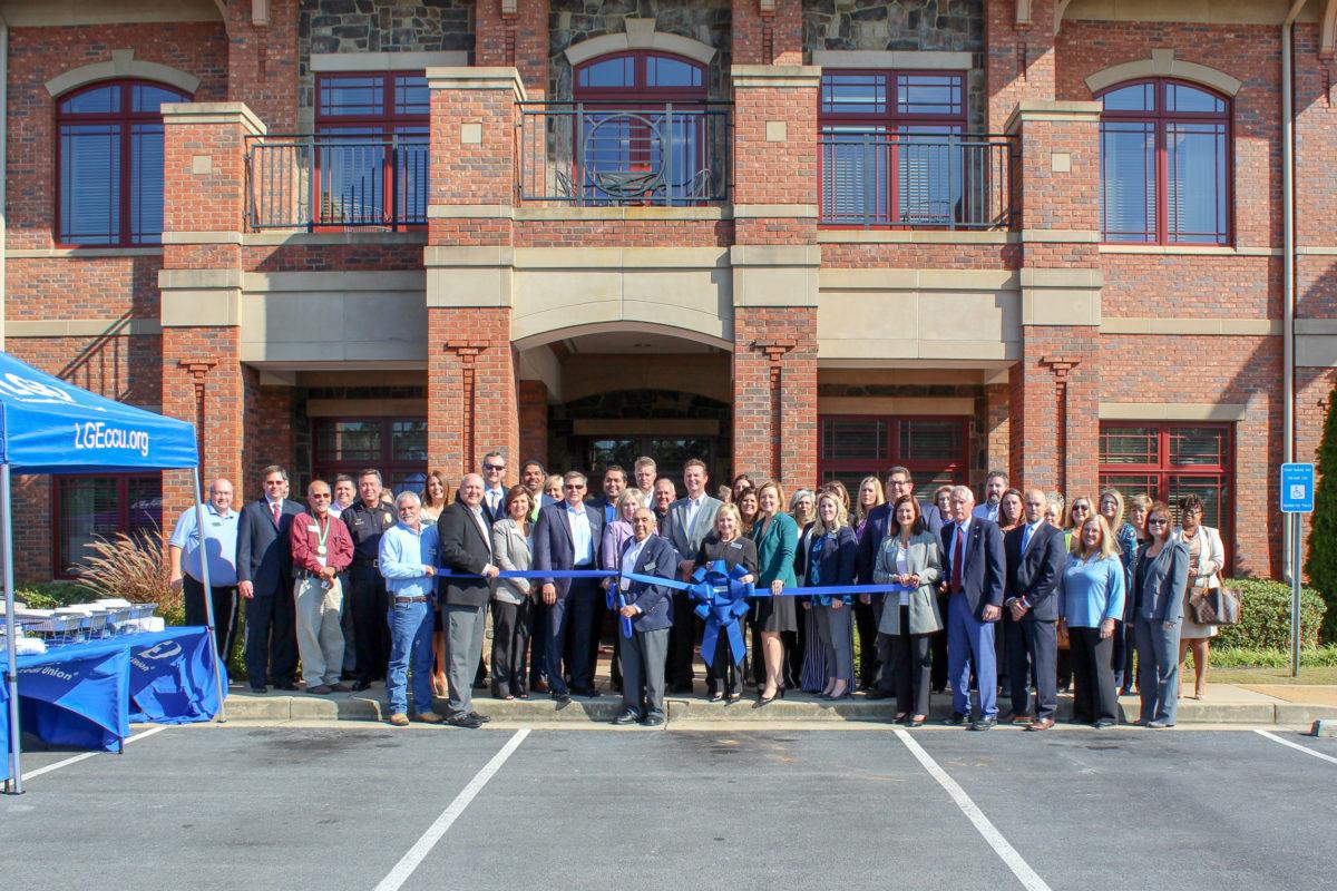 LGE Community Credit Union celebrates grand opening of Dallas branch
