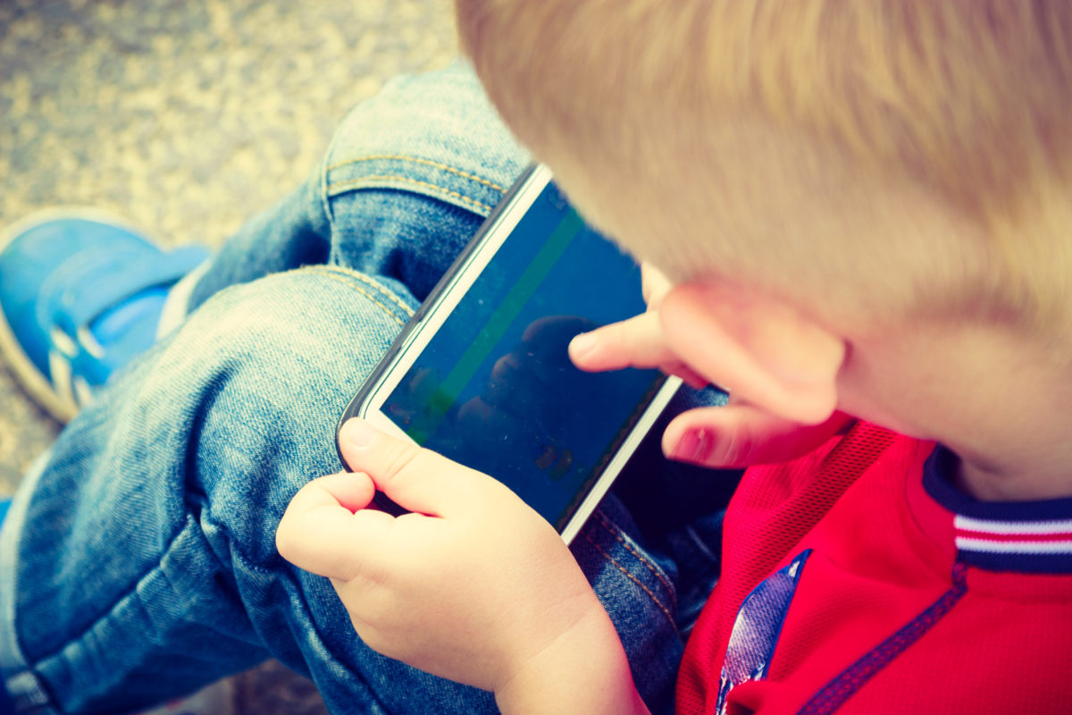 Here are the apps you need to teach your kids financial literacy