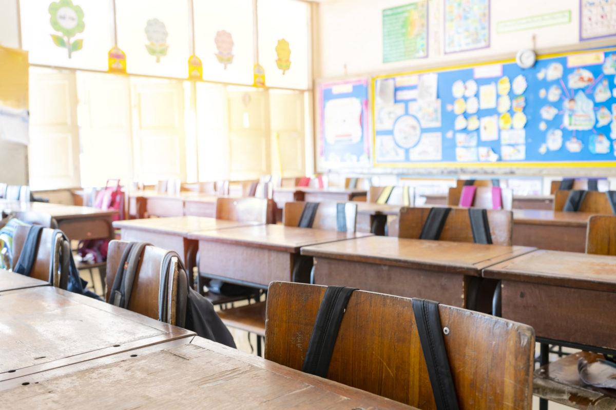 North Alabama Educators Credit Union helps sponsor award for deserving 4th grade teacher