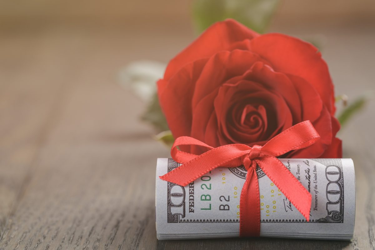 5 things you should really know about your Valentine's finances
