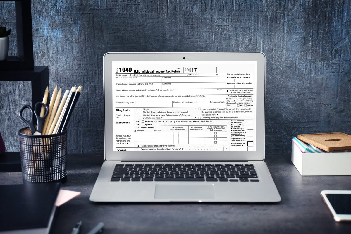IRS delays tax deadline by one day after technological malfunction