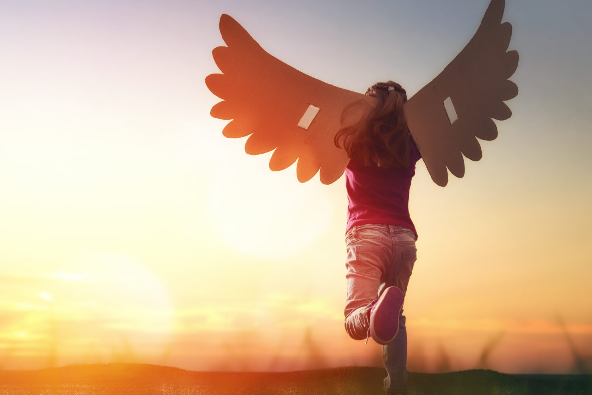 Robins Financial Credit Union partners with hospice to give kids WINGS