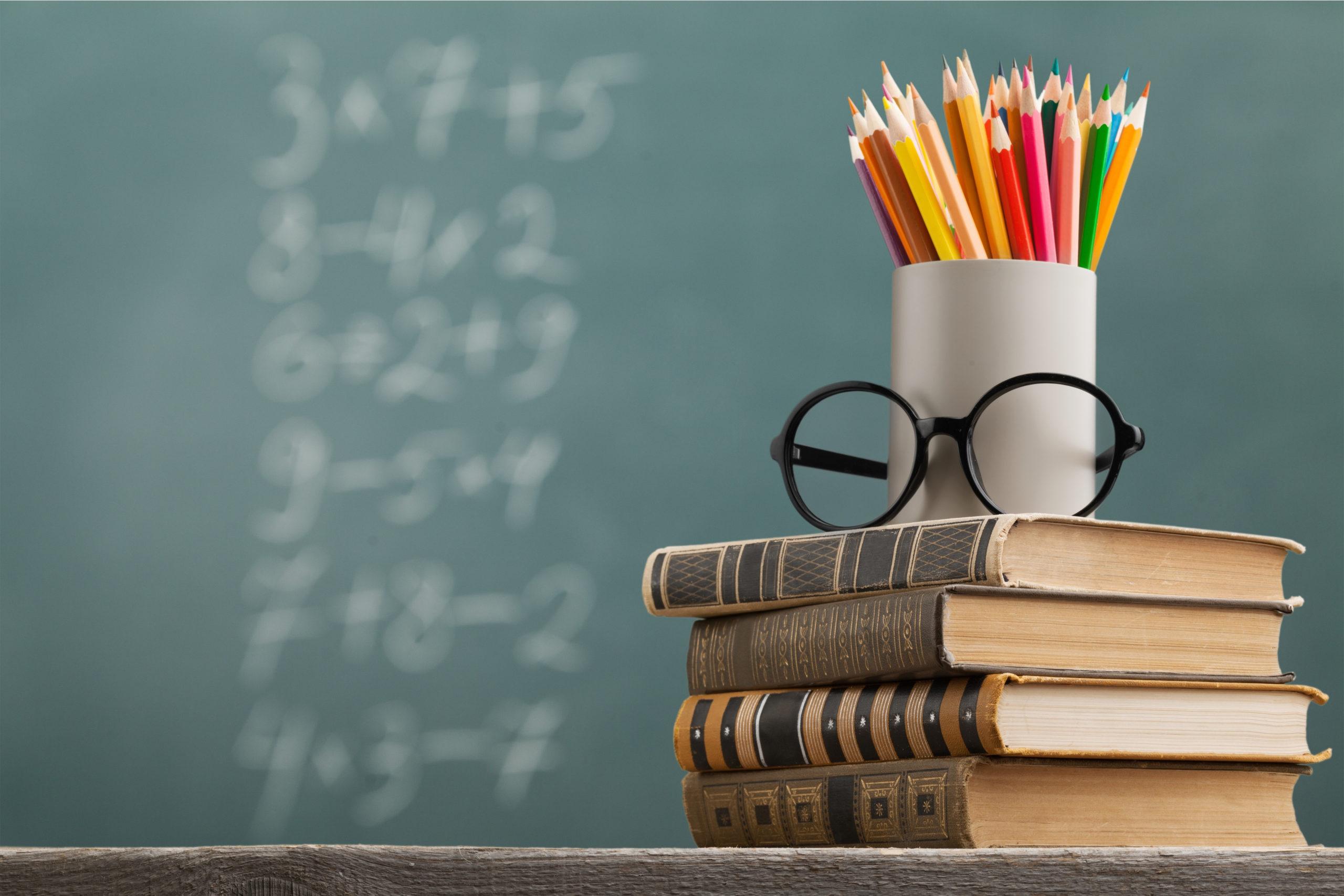 Achieva Credit Union donates $500 toward Punta Gorda Middle School Teacher of the Year